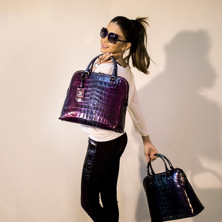 handbags-2251085_960_720
